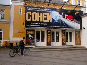 Teaterkoncert med sange af Leonard Cohen på Aveny T
