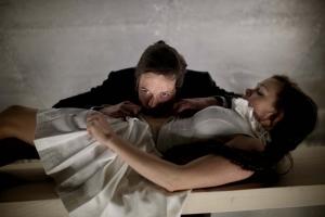 Farlige Forbindelser - Thomas Bang & Theresa Sølvsteen. Foto: Rumle Skafte